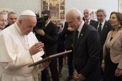 Папата: Исус пример за однесување со децата