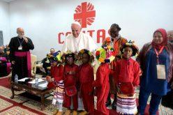 Папата: Во секој мигрант е Христос