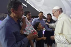Папата до младите: Потребни сте на Црквата