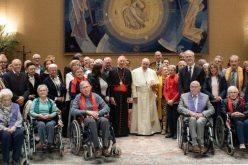 """Папата го поздрави членовите на хорот """"Ѕуница"""""""