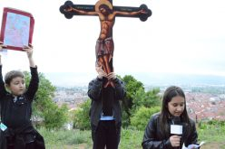Струмица: Крстен пат за деца на ридот Самораница