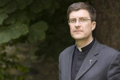 Изјава на Француските епископи за пожарот во Нотр Дам