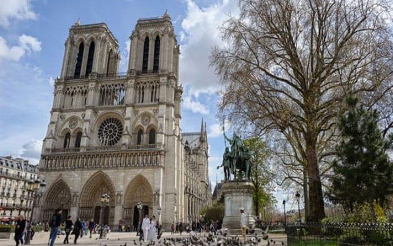 """Пет факти за катедралата """"Нотр Дам"""""""