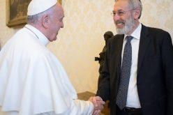 Папата Фрањо и главниот римски рабин Ди Сегни разменија честитки