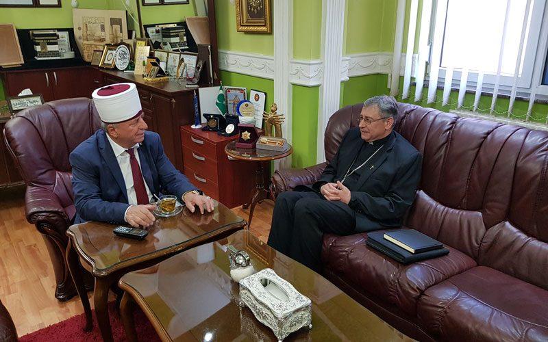 Бискупот Стојанов оствари средби со поглаварите на ИВЗ и МПЦ