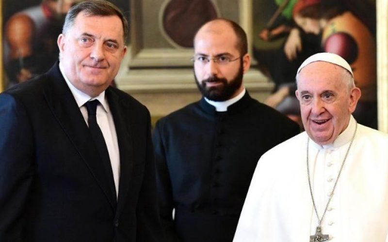 Папата Фрањо го прими Претседателот на претседателството на Босна и Херцеговина
