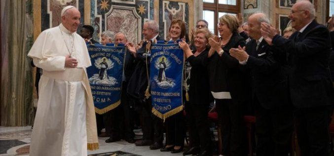 Папата до фризерите: Работете ја својата работа во христијански стил