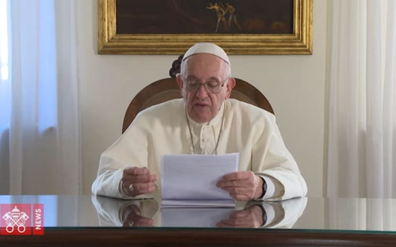 Папата Фрањо упати видео порака во пресрет на неговата посета на Македонија
