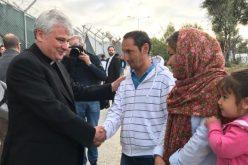 Папата дарува 100.000 евра за Грчкиот Каритас