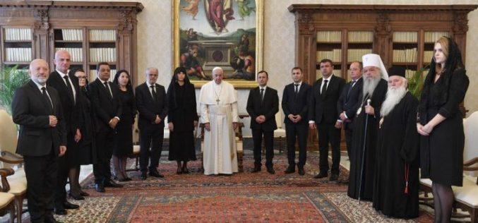 Папата до македонската делагација: Вие сте портата низ која христијанството влезе во Европа