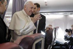 Папата: Молете Европа да се врати на идеите од своите основачи