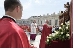 Во пладневниот говор папата Фрањо повика на молитва за Судан
