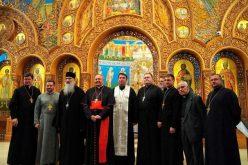 Кардинал Сандри во посета на католиците од источен обред во САД