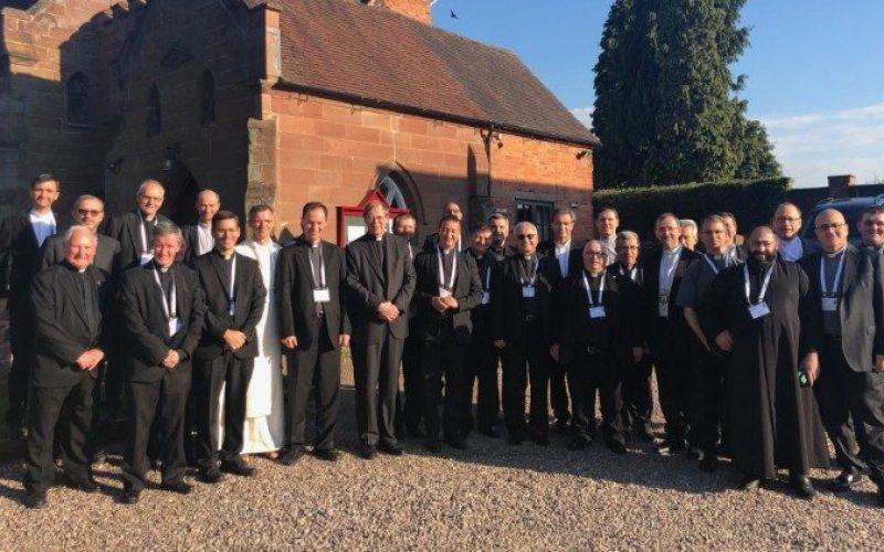 Размислување за харизмите и хиерархијата во Црквата