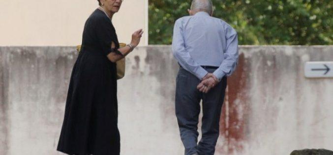 Папата преку Твитер повика на молитва за напуштените болни