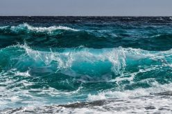 Папата напиша Твитер порака за Недела на морето