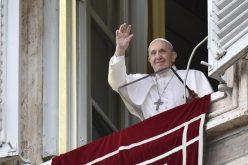 Папата: Истрајте во молитвата со детска доверба во Бог Отецот