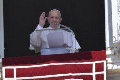 Папата: Мудроста се крие во тоа да знаеме да ги здружиме контемплацијата и делувањето