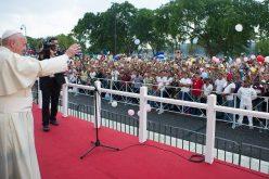 Папата до младите Кубанци: Бидете ученици мисионери како другите би можеле да го откријат Исус