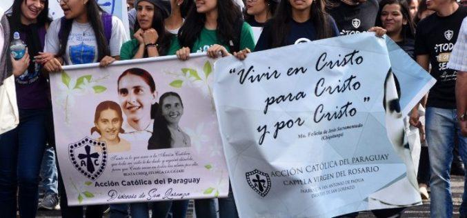 Папата до младите Парагвајци: Бидете Исусови сведоци меѓу најсиромашните