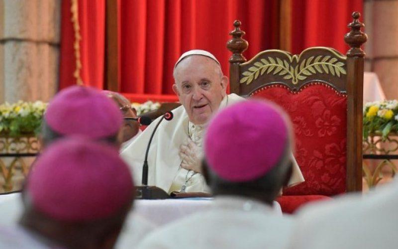 Папата во Мадагаскар: Средба со бискупите во Мадагаскар