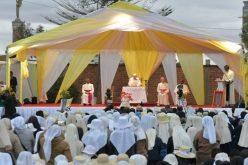 Мадагаскар: Папата се сретна со свештениците