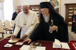 Папата упати писмо до екуменскиот патријарх за моштите на свети Петар