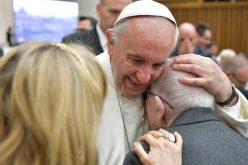 Папата потсети на Светскиот ден на Алцхајмеровата болест