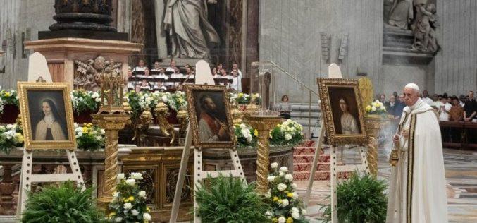 Кардинал Филони: Сите се повикани да го проповедаат евангелието