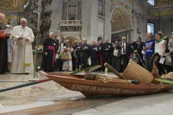 Папата на почетокот на синодата: Треба да ги сфатиме и да им служиме домородните народи