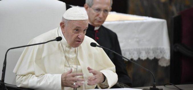 Папата упати порака до Меѓународното морепловско друштво