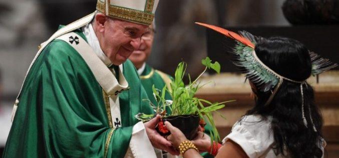 Папата Фрањо: Крикот на сиромашните е крик на Црквата
