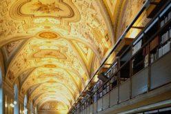 Ватиканската тајна архива е преименувана во Ватиканска апостолска архива