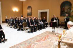 Папата: Потребна е формација која го промовира општото добро
