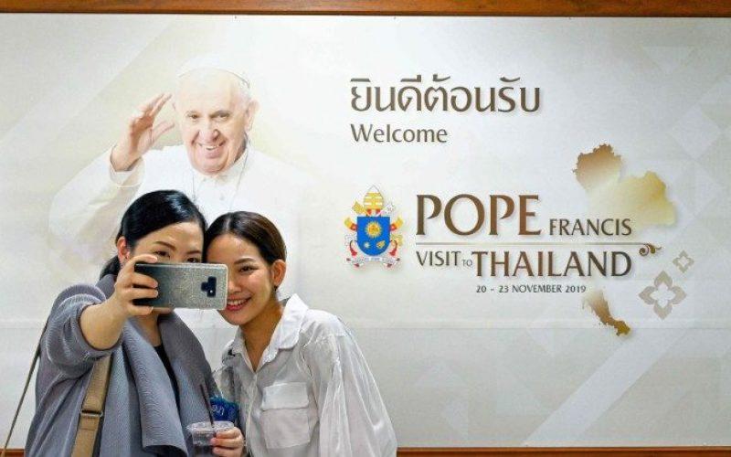 Тајланд и Јапонија со радост го очекуваат доаѓањето на Папата