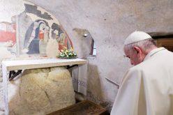 Папата објави Апостолско писмо за божиќните пештери