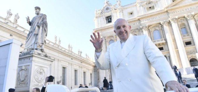 Папата Фрањо: Пастирите мора да бдеат