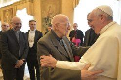 """Папата до уредништвото на списанието """"Aggiornamenti sociali"""": Слушајте и водете дијалог"""
