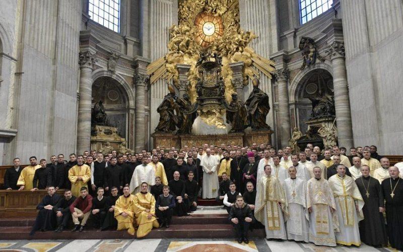 Папата се сретна со поклоници од епархијата Мукачево – Украина