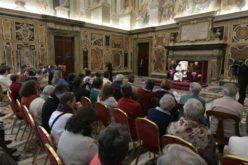 Папата Фрањо: Дадете го својот живот за конкретната заедница