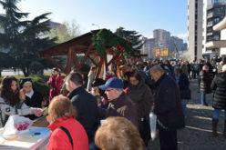 Во дворот на Скопската катедрала се одржа традиционалниот Божиќен саем