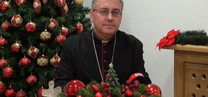(Видео) Божиќна честитка на Скопскиот бискуп и Струмичко – скопски епарх, монс. Киро Стојанов