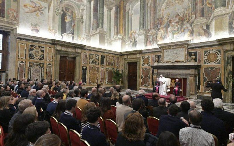 Папата: Кинематографијата е место на заедништво и училиште на хуманоста