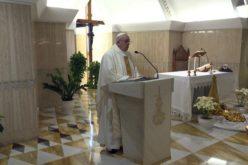 Папата: Лажливец е оној кој вели дека го сака Бог, а не го сака својот брат