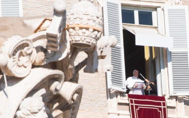 Папата Фрањо: Исусовата понизност е пат по кој христијанинот треба да оди