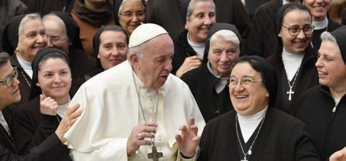 Генерална аудиенција: Црквата останува отворена и покрај прогонствата