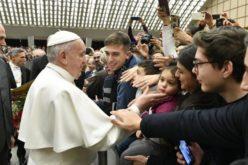 Папата: Да бидеме гостољубиви кон мигрантите