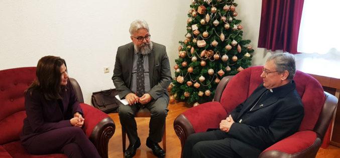 Бискупот Стојанов ја прими американската амбасадорка Брнз