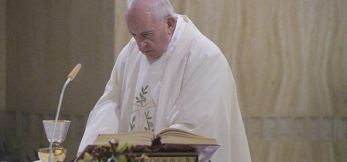Света Марта: 'Не' на христијаните без радост, заточеници на формалности