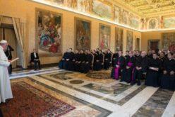 Папата Фрањо одреди една година мисионерски искуства за новите дипломати на Светиот Престол
